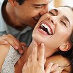 Pareja feliz: Tener una relación estable y duradera