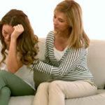 Cómo ayudar a mi hija en un rompimiento con su novio